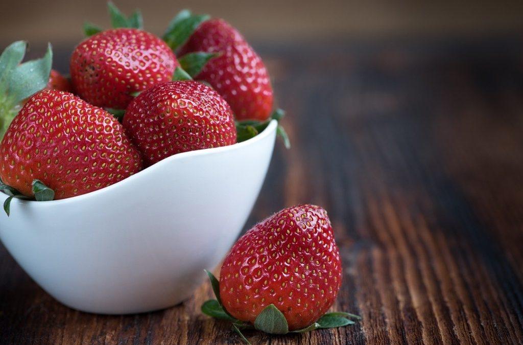 Wusstest Du: Erdbeeren sind LOW Fodmap egal wie viele Du isst